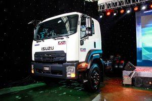 Isuzu ra mắt thế hệ xe tải tiêu chuẩn Euro4 đầu tiên ở VN